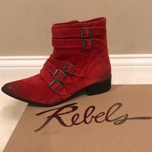 Rebels Ankle Boots!
